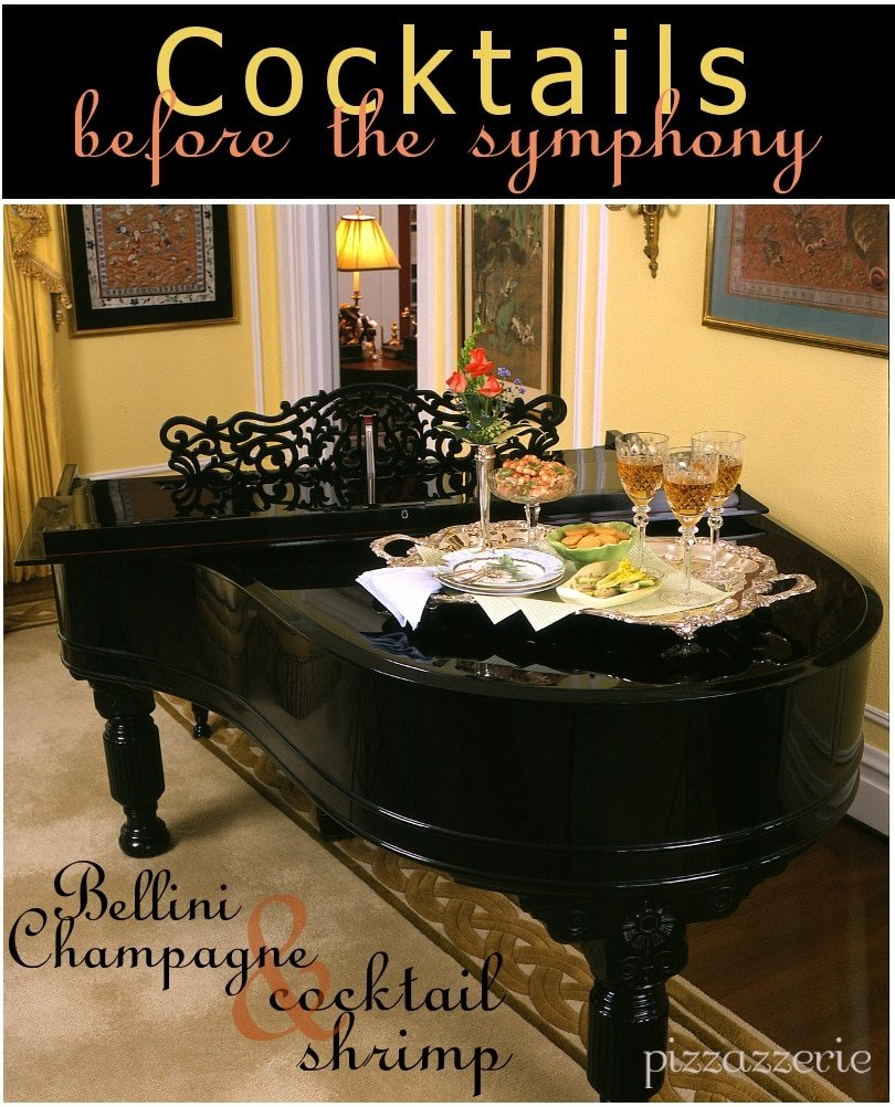 Black piano and cocktails