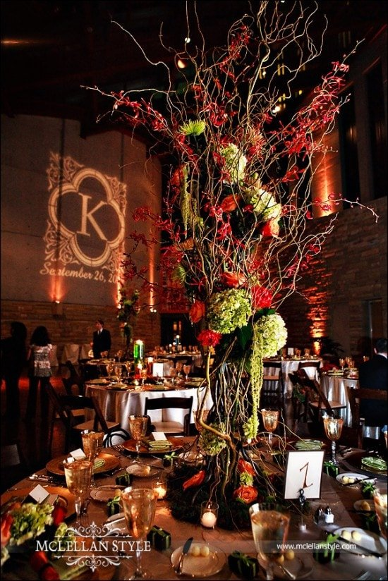 Country Music Hall of Fame Wedding Reception Green and Red Table