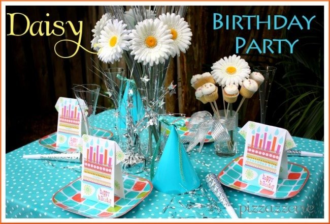 Daisy Teal Birthday Party Table