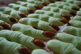 scary monster fingers halloween recipe