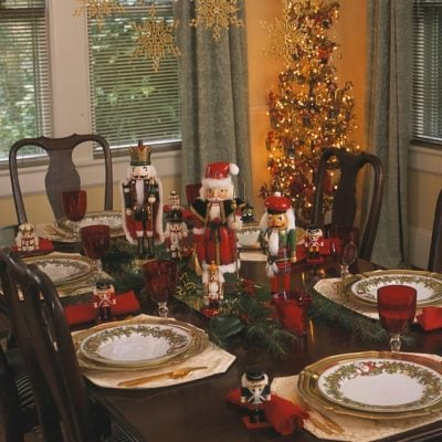 nutcracker dinner party tablescape for christmas
