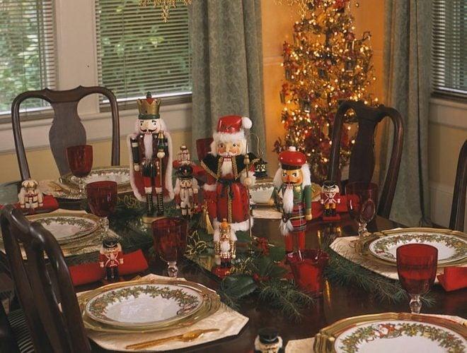 Nutcracker Dinner Party & DIY Wreath
