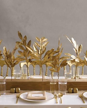 golden leaves for thanksgiving