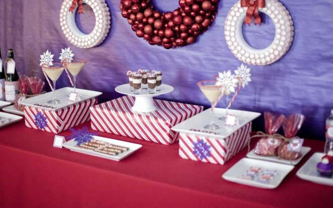purple red dessert table