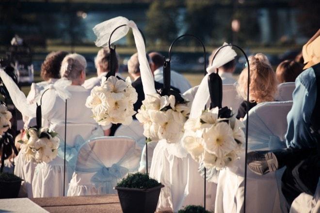 hanging wedding aisle flowers