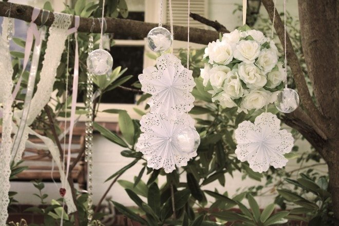 party doilies garland