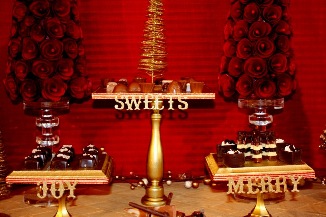 sweet treats christmas dessert table