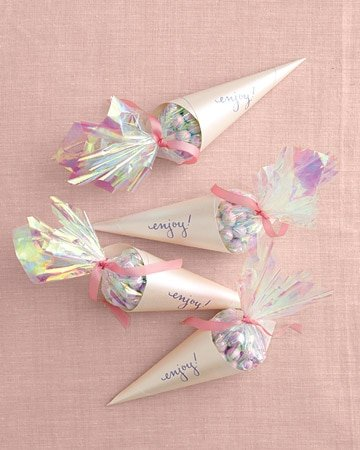 diy wedding favor cones