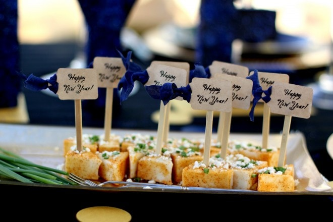 pinkcherrymama skewer signs for new years eve party