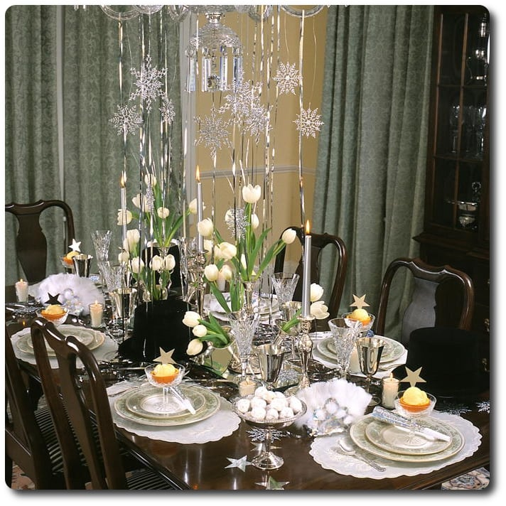 new years tablescape sparklers