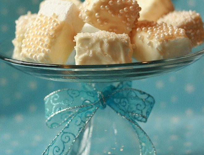DIY: Homemade Marshmallows & Smores