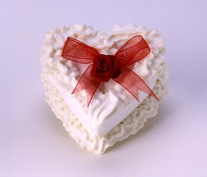 sugar heart container