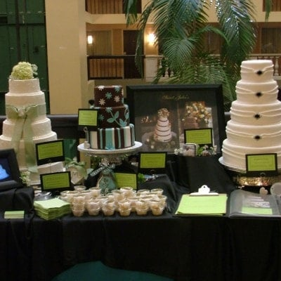 bridal show bakery wedding cake