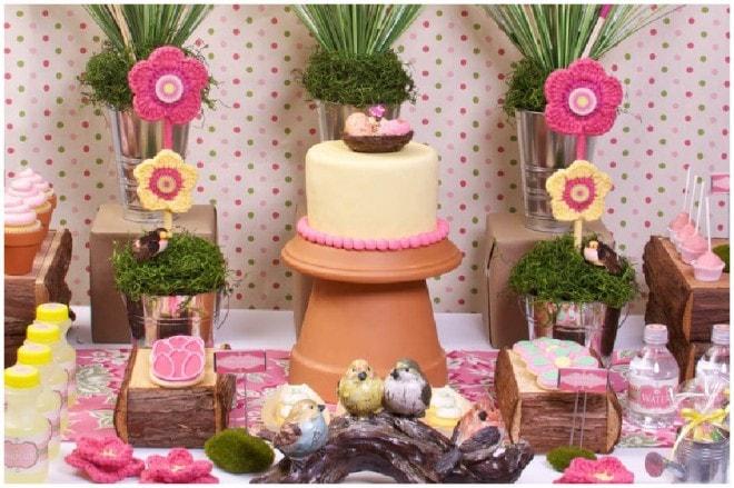 garden flower party tablescape