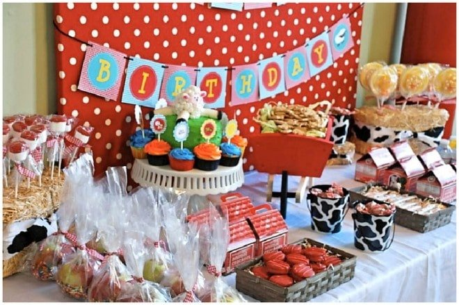 barnyard birthday dessert table
