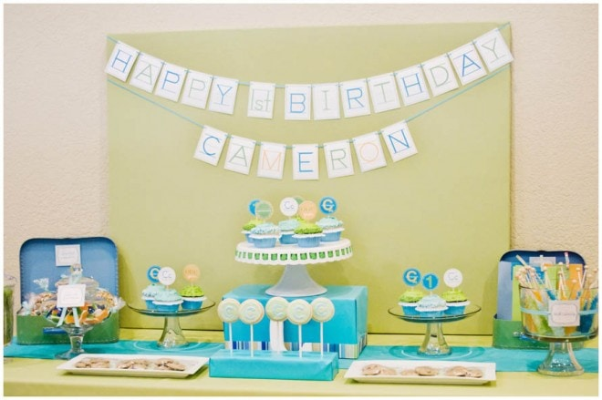 party tablescape boy backdrop