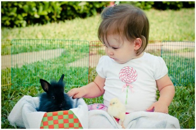 easter child with bunny