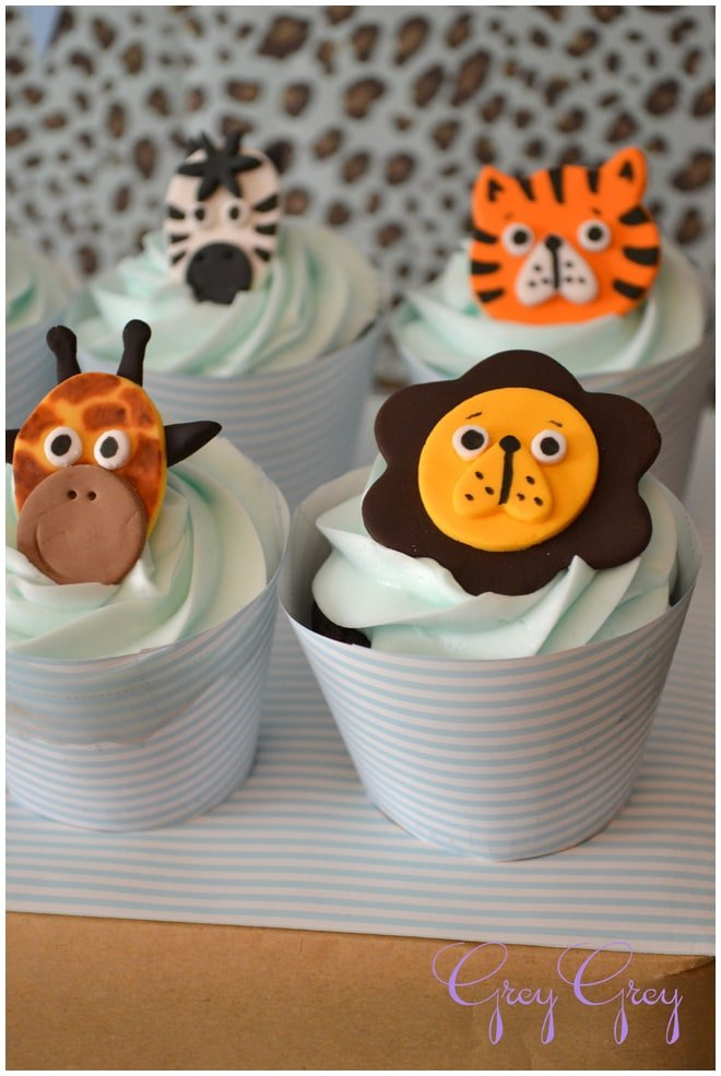 safari jungle cupcakes