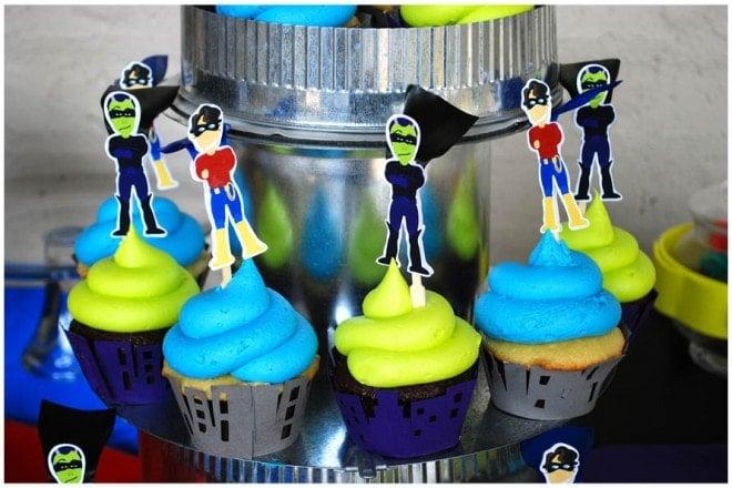 superhero cupcakes birthday party