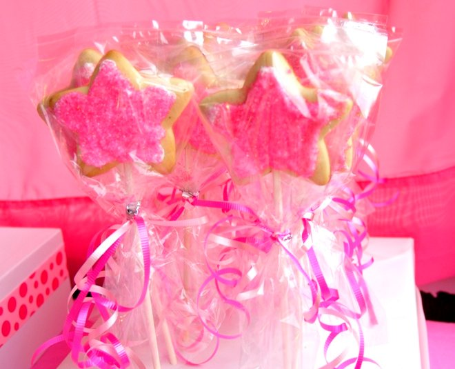 pink cookie pops