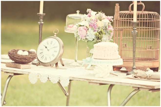 Spring Vintage Wedding Ideas: {Wedding} Spring Vintage Styled Shoot