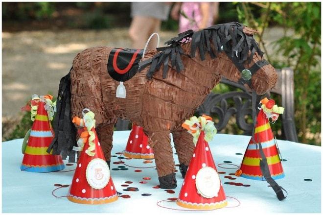 circus carnival party fun 1