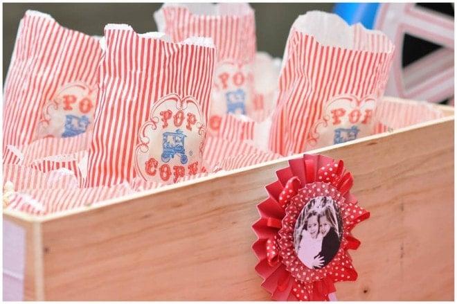 circus carnival popcorn