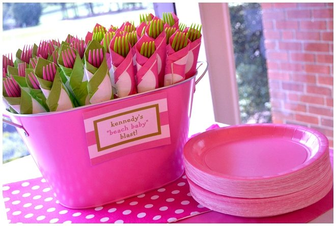 pink party utensils