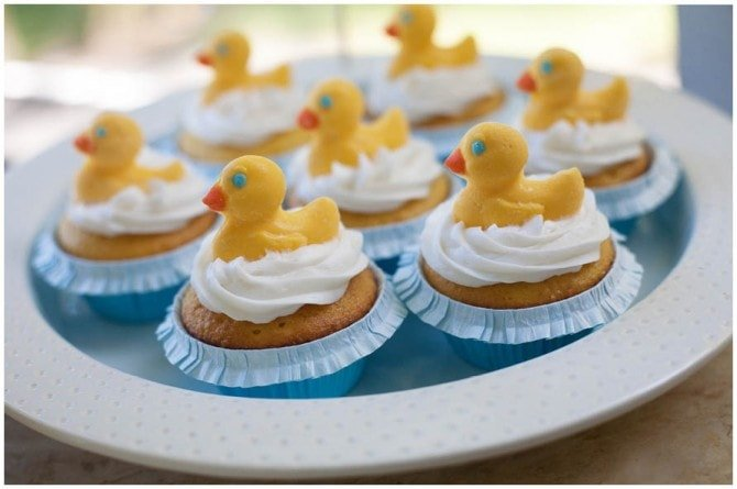 rubber ducky birthday cupcakes