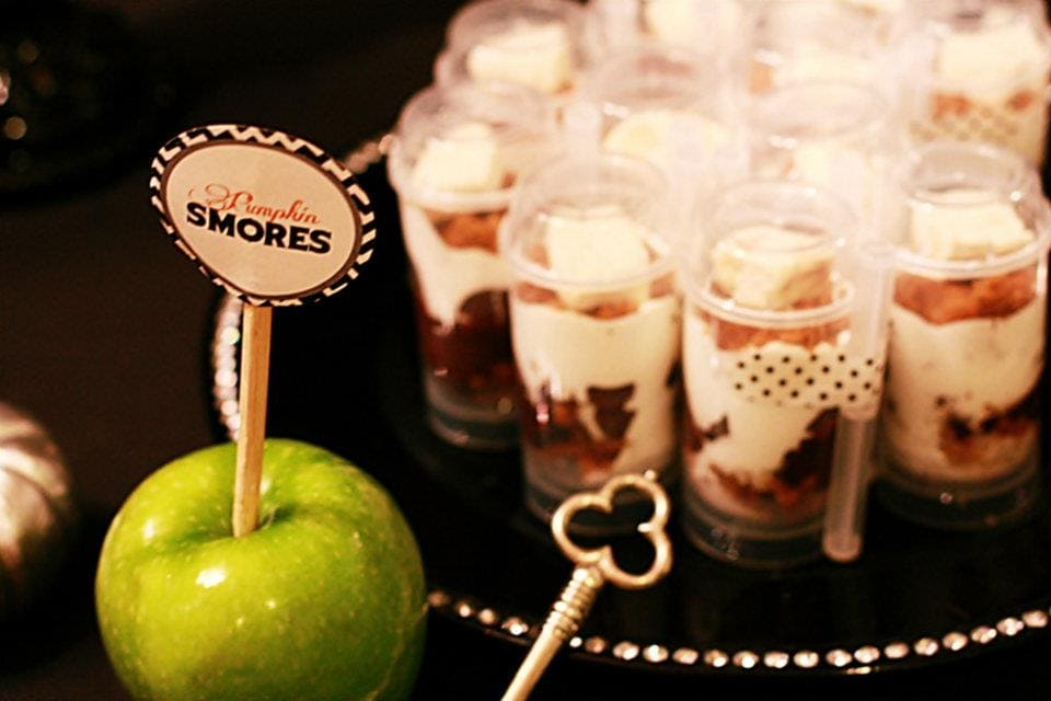 pumpkin spice smore push up pops