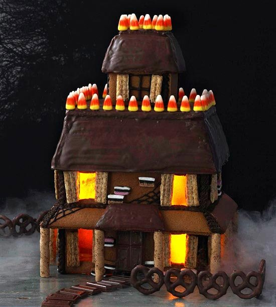 haunted halloween gingerbread house