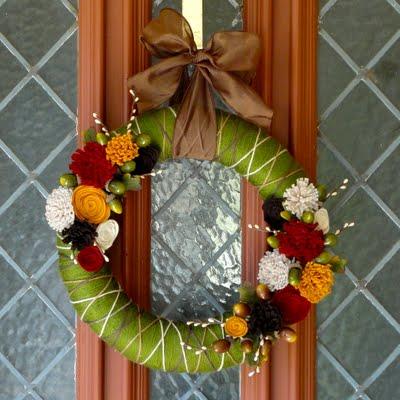yarn and felt floral fall wreath