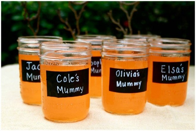 Mummies Little Monsters Drink Station
