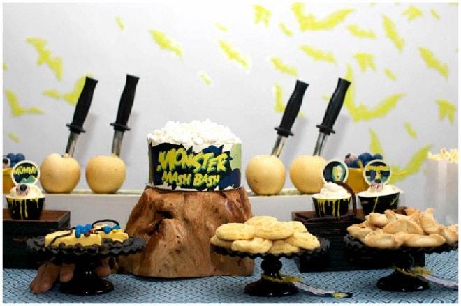 classic horror movie dessert table picture 1