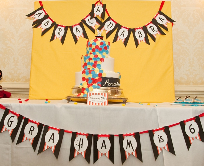 abracadabra magic birthday party 1