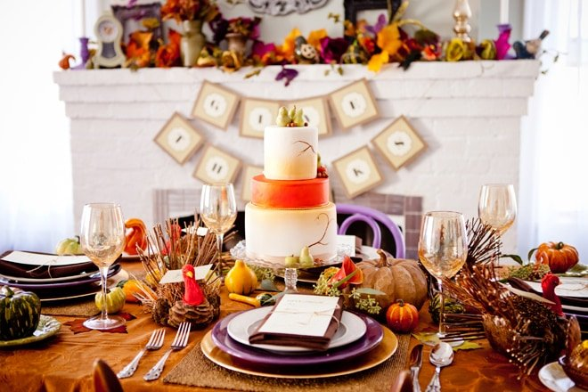 Elegant Thanksgiving Tablescape with Touches of Purple and Gold!