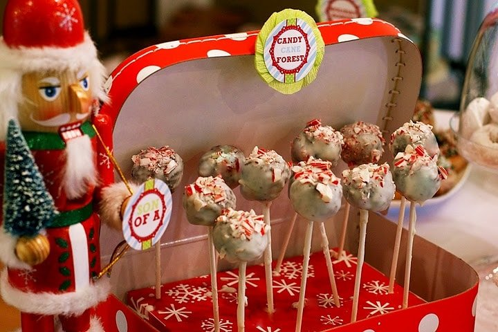 christmas peppermint cake bites