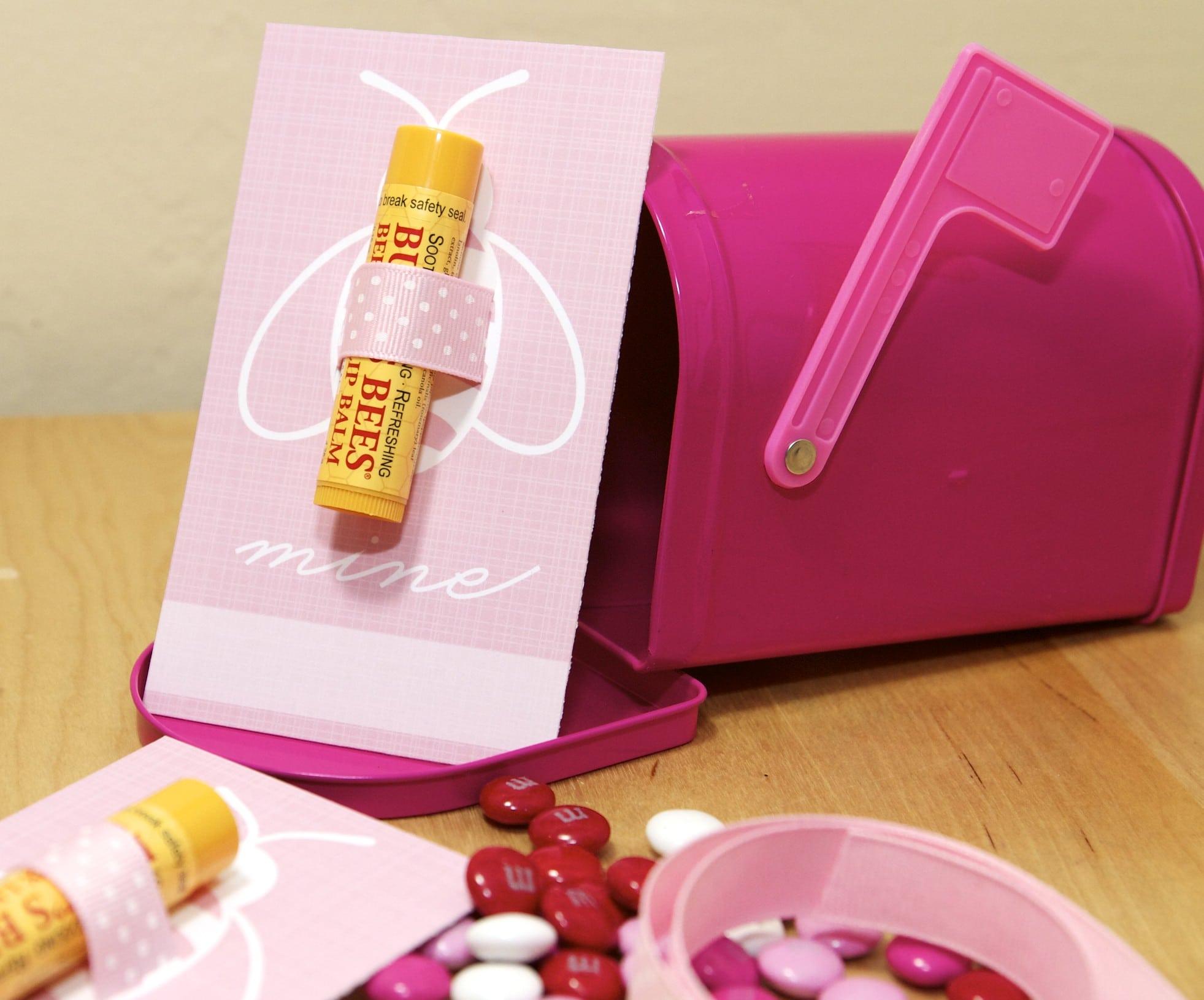 {Freebie} DIY Valentine's Day Gifts