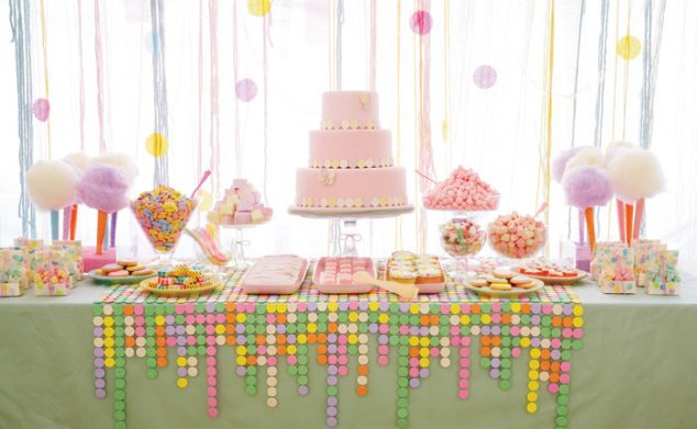 amy atlas pastel party table