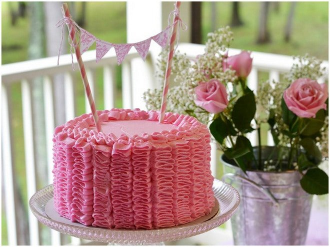 Ruffles and Roses Girl Birthday Party 7