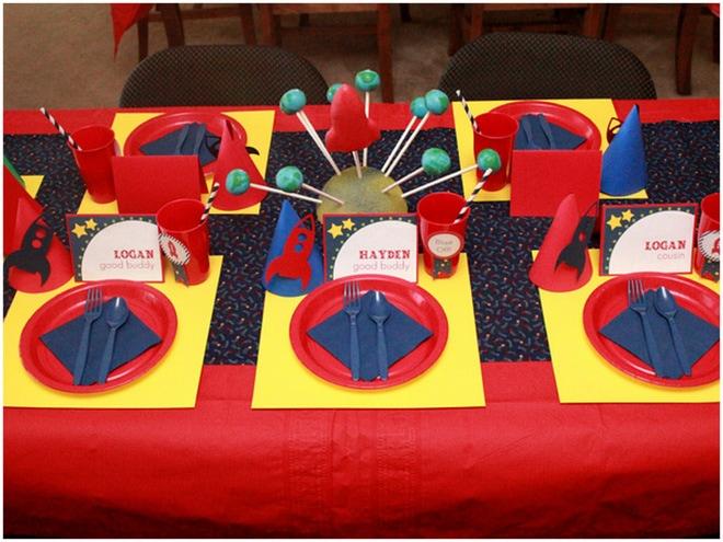 Rocket Ship Party Table