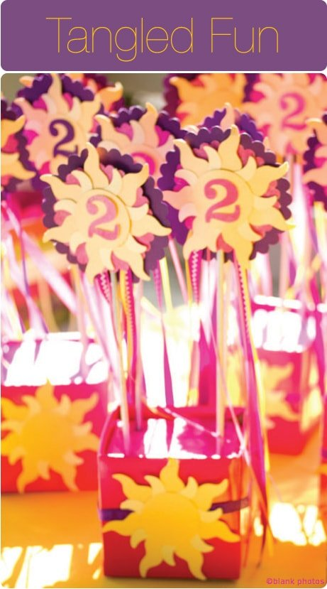 Tangled-Inspired-Purple-and-Yellow-Birthday-Party1