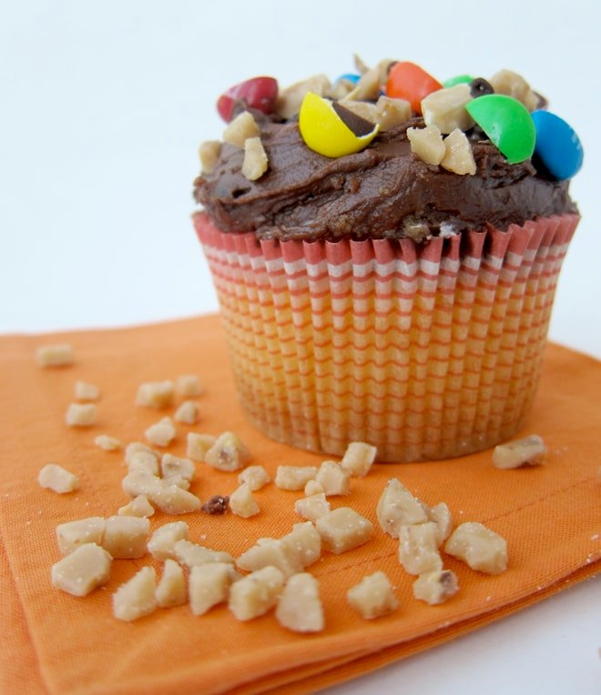 candy bar compost cupcakes