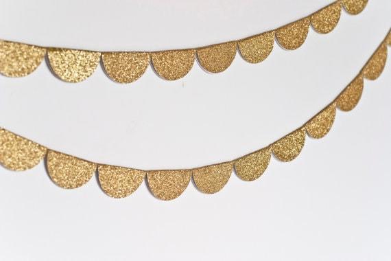 scalloped glitter garland