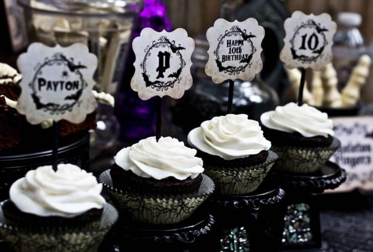 Spooky Haunted Mansion Halloween Party!