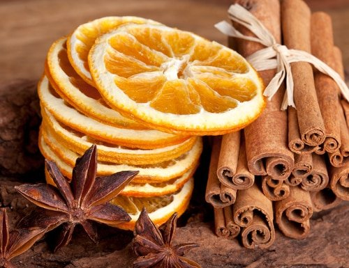 Clover and Orange for Holiday Parties! Makes your house smell AMAZING!
