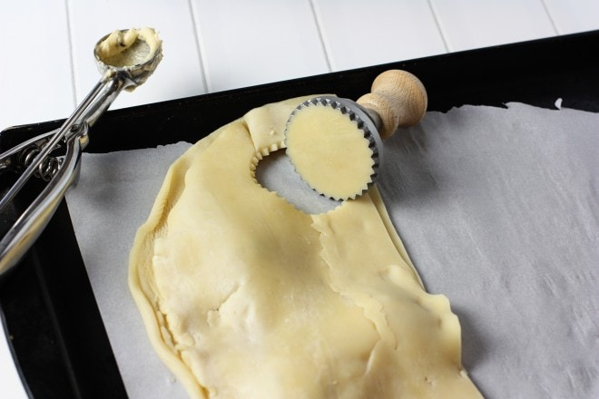How to make mini pie cookies with a ravioli cutter!