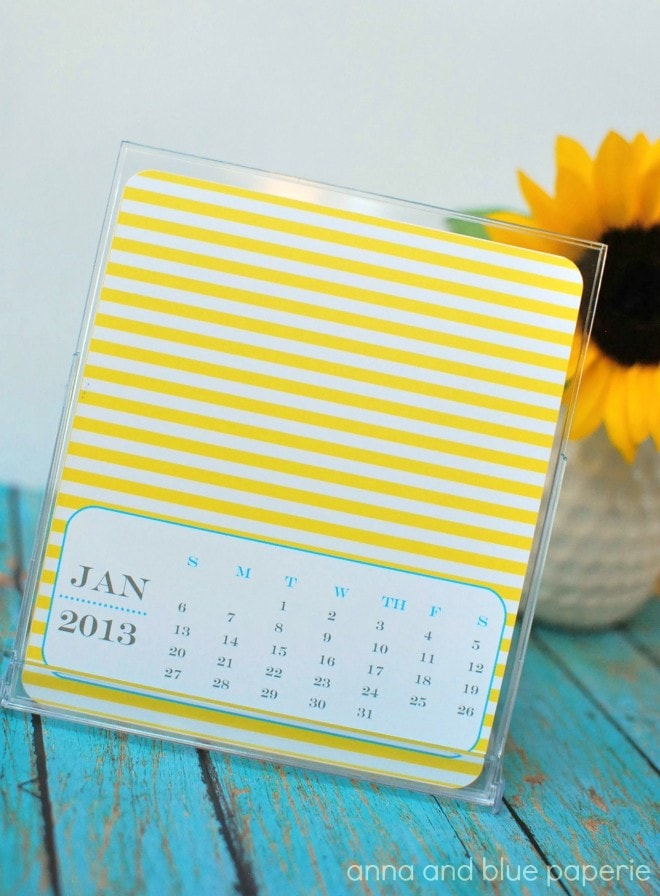 Cute striped 2013 desktop calendar!