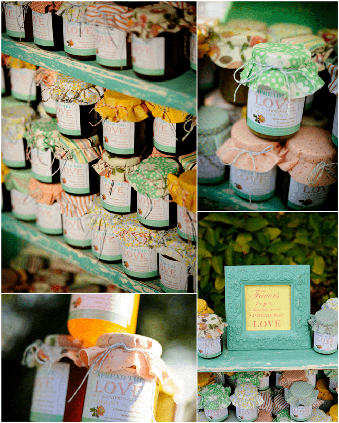 Sweet homemade jam for DIY wedding!