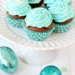 Cadbury Egg Easter Cupcakes - a full-size Cadbury Egg BAKED INSIDE!